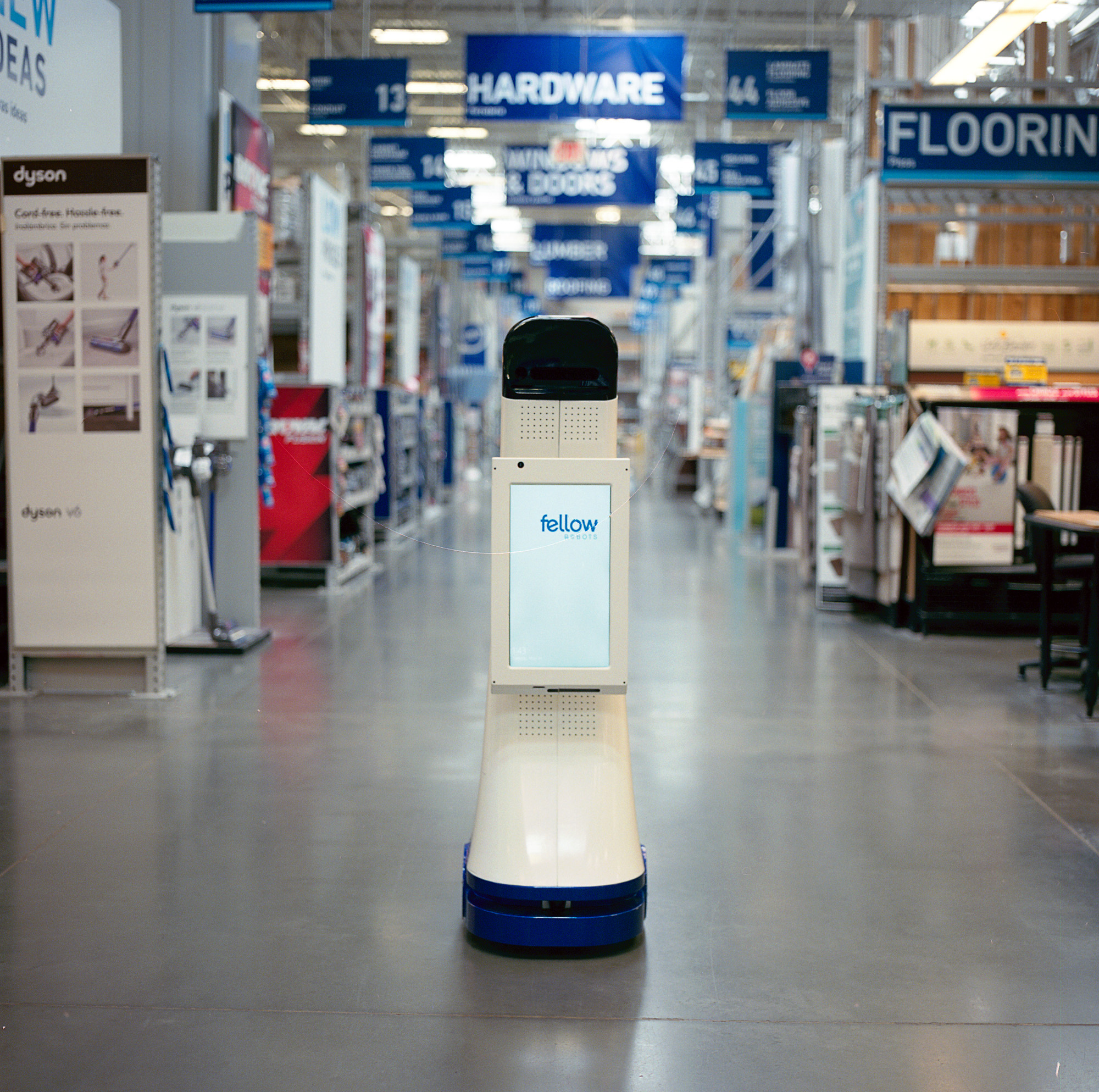 Lowe S Introduces Lowebot A New Autonomous In Store Robot