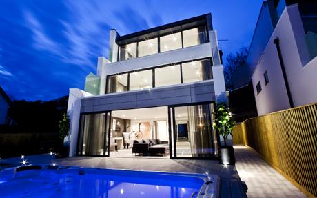 Sandbanks: Russian snap up luxury Dorset mansions